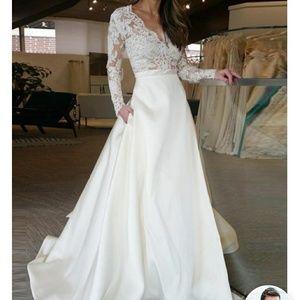 Prom/wedding/formal dress